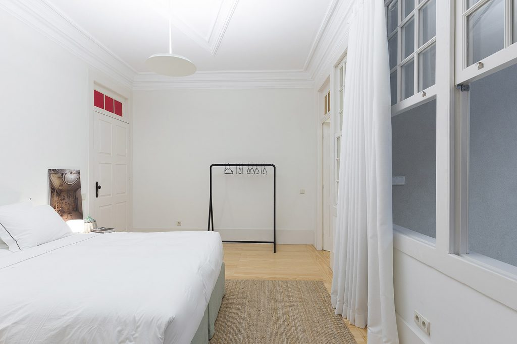 b28 apartments Deluxe room 2